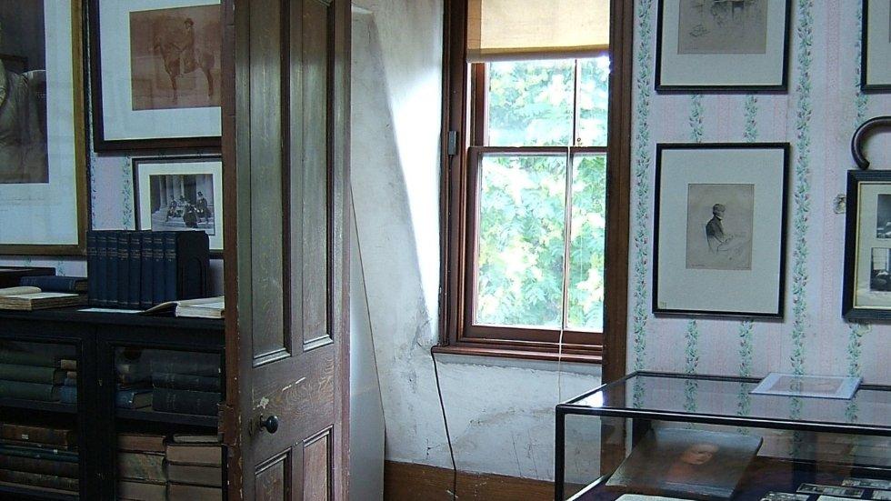 attic-study